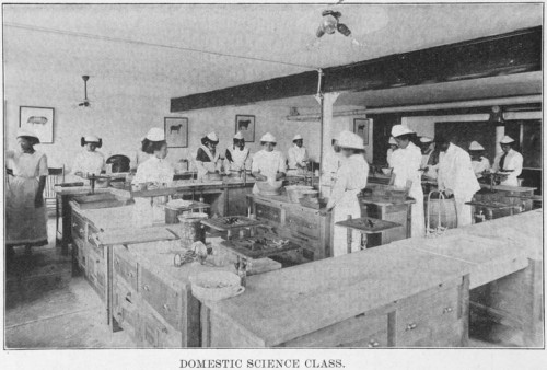 "Students in a ""Domestic Science"" course, Wilberforce University, Wilberforce Ohio (1915).  Image courtesy of the Schomburg Center for Research in Black Culture, Manuscripts, Archives and Rare Books Division, The New York Public Library. ""Domestic Science class."" New York Public Library Digital Collections. Accessed August 12, 2015. http://digitalcollections.nypl.org/items/510d47dd-f3af-a3d9-e040-e00a18064a99"